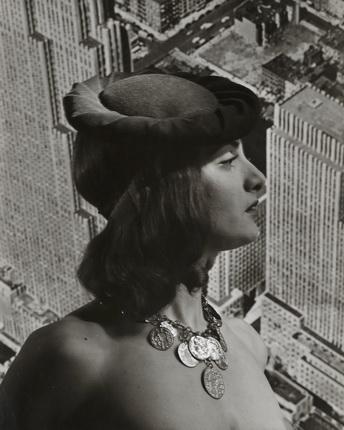Эрвин Блюменфельд. Наталия Паско. Нью-Йорк. 1942. Коллекция Генри Блюменфельда. © The Estate of Erwin Blumenfeld