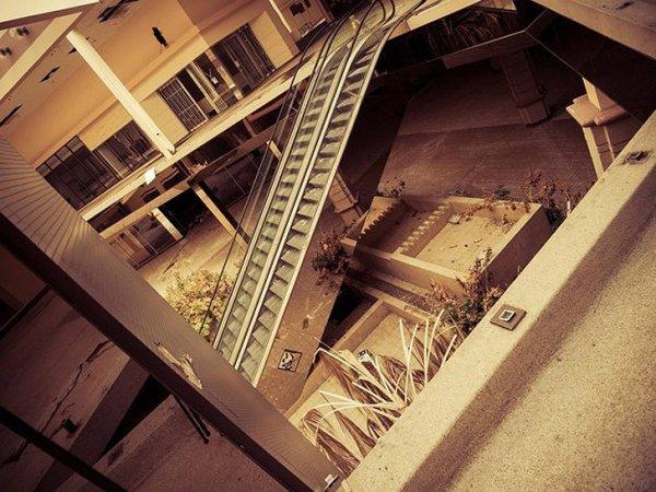 Заброшенные здания - бывшие мегамоллы США - №5