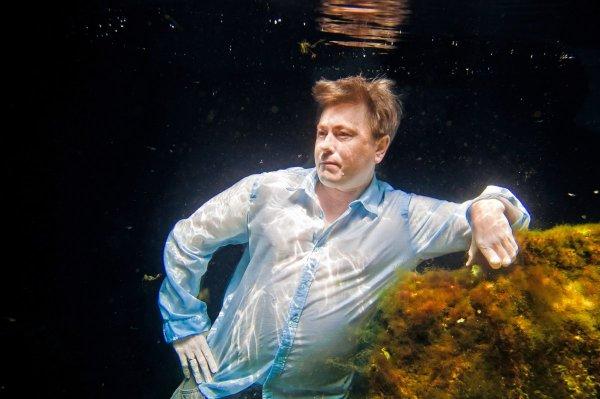Под водой 16