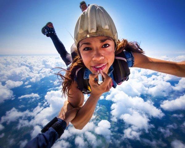 свободное падение парашютиста