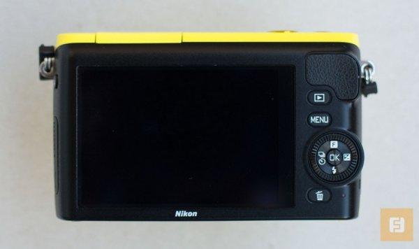 беззеркальная камера Nikon