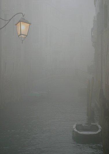 Может, в Венецию поехать?..