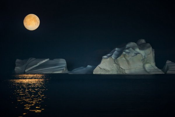 Сергей Анисимов. Ночь в Арктике. Гренландия, 2014 Собрание автора