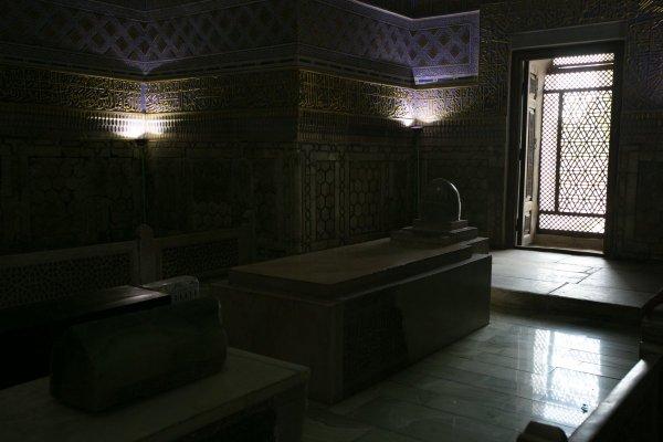 захоронение Амир Тимура