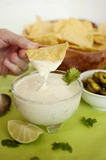 food_photography_creamy_dip